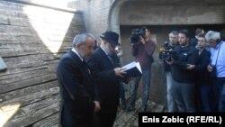 Ognjen Kraus i rabin Lucijan Moše Prelević na komemoraciji, 15. travnja 2016.