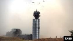 Ракетны комплекс С-300 падчас запуску