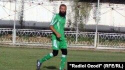 Ведущий игрок футбольной команды «Хайр» высшего дивизиона Таджикистана Парвиз Турсунов.