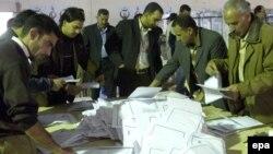 مركز إنتخابي في بغداد