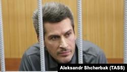 """Бизнесмен Зиявудин Магомедов, совладелец группы """"Сумма, в суде Москвы, где решается вопрос о продлении ему содержания под стражей. 28 мая 2018 года."""