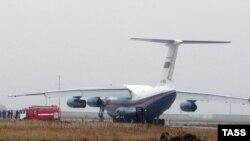 Самолеты Ил-76 не смогли разминуться