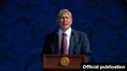 Президент Кыргызстана Алмазбек Атамбаев. Бишкек, 31 августа 2016 года.