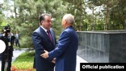 Ислом Каримов ва Имомали Раҳмон Тошкентда учрашди