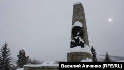 Памятник жертвам Ленского расстрела