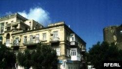 Neftçilər pospekti 95\97 saylı bina