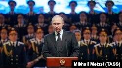 Президент РФ Владимир Путин во время выступления в Волгограде 2 февраля. Михаил Метцель/ТАСС