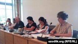 Члены узбекской правительственной делегации, участвующие на 114-сессии Комитета ООН по правам человека.