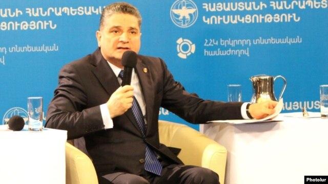 Armenia - Prime Minister Tigran Sarkisian speaks at a conference in Yerevan, 29Mar2014.