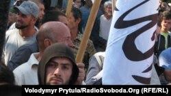 """Митинг сторонников """"Хизб-ут Тахрир"""" в Крыму, ставшем в последние годы прибежищем для гонимых членов этой организации из стран Центральной Азии."""