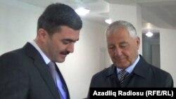 (Sağda) Xaçmazın icra hakimiyyətinin başçısı Şəmsəddin Xanbabayev