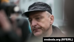 Мікалай Аўтуховіч пасьля вызваленьня з турмы
