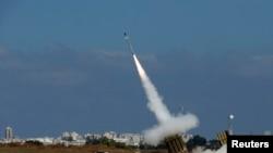 """Перехват системой """"Железный купол"""" ракеты, выпущенной по Ашдоду, 9 июля 2014"""