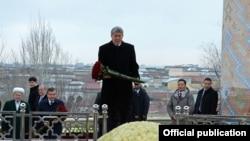 Визит Алмазбека Атамбаева в Узбекистан