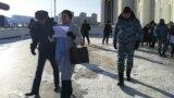 Kazakhstan - Police detained activist Sanavar Zakirova in front of the Hazret Sultan mosque in Nur-Sultan. 22 November 2019