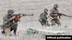 Nagorno-Karabakh -- Karabakh Armenian troops hold exercises.