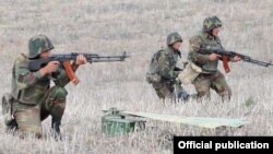 Nagorno-Karabakh -- Karabakh Armenian troops hold exercises.