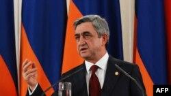 Armenia - Armenian President Serzh Sarkisian makes a speech on the one year anniversary of his inaugeration as president, Yerevan, 10Apr2009