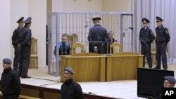 Владислав Ковалев и Дмитрий Коновалов, суд в Минске, 15 сентября 2011