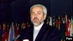 از طرف ایران، محمد جواد ظریف، نماینده ایران در سازمان ملل با جیمز بیکر دیدار کرد.