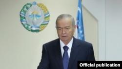 Uzbekistan - President of Uzbekistan Islam Karimov voted in parliamentary elections, Dec 21, 2014