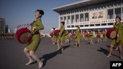 Парад барабанщиц в Пхеньяне