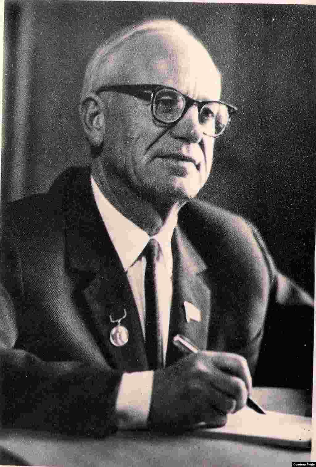 Пятрусь Броўка. 1950 – 1960-я гг. З фондаў БДАМЛМ