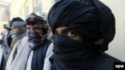 طالبان شب گذشته بالای یک پوسته در اوبه هرات حمله کردند