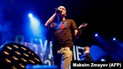 "Oxxxymiron на концерте в поддержку Хаски в ""Главclub"""