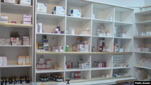 گزارشهای مختلف از کمبود دارو در کشور حکایت دارد، بهویژه داروی بیماریهای خاص و صعبالعلاج