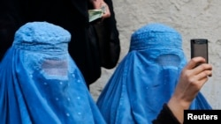 The recent flogging of two women in a Taliban stronghold area may have been due to the recent enforcement of strictures on the use of mobile devices, particularly smartphones, in militant-controlled areas. (illustrative photo)