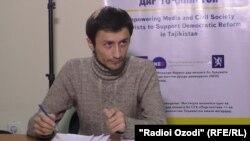 Jurnalist Sayfi Safar.