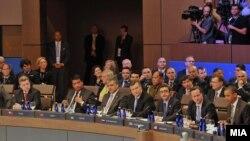 Учесниците на Самитот на НАТО во Чикаго 2012