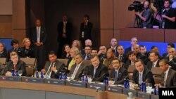 Учесниците на Самитот на НАТО во Чикаго 2012.