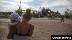 Селище Семенівка після боїв сил АТО з бойовиками, липень 2014 року