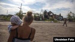 Передмістя Слов'янська – Семенівка Донецької області після боїв сил АТО з бойовиками, липень 2014 року