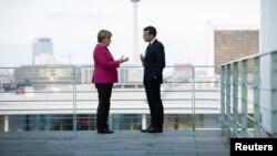 Angela Merkel i Emanuel Makron