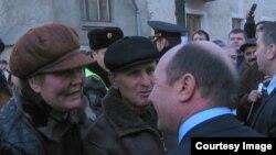 Traian Băsescu la una din vizitele sale la Chişinău