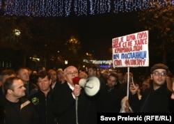 Protest DF-a pred Skupštinom Crne Gore zbog hapšenja Medojevića