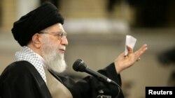 آرشیف، آیت الله علی خامنهای رهبر ارشد مذهبی ایران
