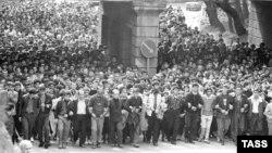 Похороны погибших в Тбилиси 9 апреля 1989 года вылились неделю спустя в массовую демонстрацию