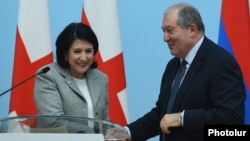 Саломе Зурабишвили и Армен Саркисян. Архивная фотография