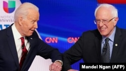 Senatori Berny Sanders dhe ish-nënpresidenti, Joe Biden