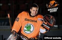 Данияр Жунисов, игрок германской хоккейной команды «Гризли Адамс Вольфсбург».