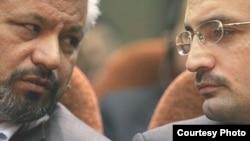 امیررضا خادم (راست) در کنار محمد علیآبادی