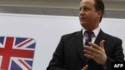 Британський прем'єр Дейвід Камерон був змушений звітувати своїй країні про те, з ким він обідав