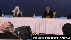 Астанада өтіп жатқан әлемдік және дәстүрлі діндер жетекшілерінің 4-съезі. Астана, 30 мамыр 2012 жыл.