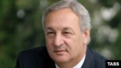 Сергей Багапш, кандидат в президенты самопровозглашенной Республики Абхазия. 14 октября 2004 г. ИТАР-ТАСС.