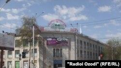 Центральный проспект Рудаки в городе Душанбе.