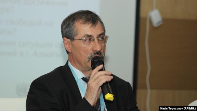 Директор Казахстанского бюро по правам человека Евгений Жовтис. Алматы, 4 октября 2019 года.